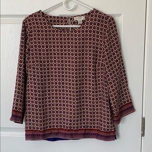 Beautifully designed blouse!